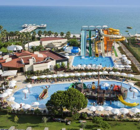 Last Minute! Турция: лучшие отели с большими игровыми зонами для детей от 502€! Ребенок с 2 взрослыми отдыхает бесплатно!