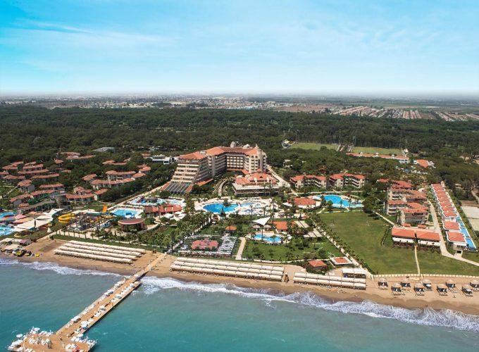 Белек, готель Bellis Deluxe 5* з басейнами з підігрівом, аквапарком та власним зоопарком