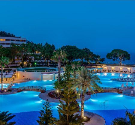 Каникулы в отелях Турции сети Rixos от 754€! Вылеты 22 - 25 октября. Ребенок с 2 взрослыми отдыхает бесплатно!