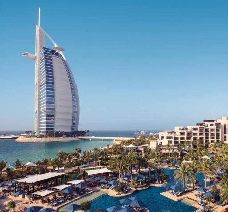 Super Sale! Дубай: отдых в отелях сети Holiday Inn