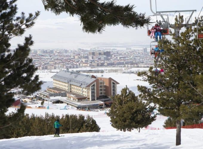 Новий рік і Різдво на гірськолижному курорті Туреччини Паландокен, готель Sway Hotels 5* (Ski Pass і провезення лижного обладнання - безкоштовно)