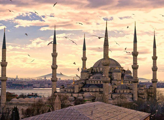 Вікенди в Стамбулі (3 ночі) в листопаді - грудні від 239€, проживання в центрі у хороших готелях зі сніданками