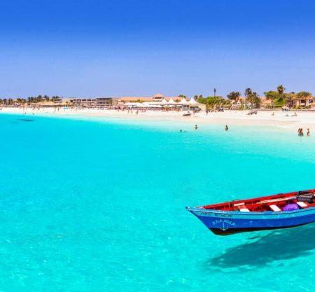 Экскурсионно-пляжный тур по Кабо-Верде: отдых 10 ночей на Островах Зеленого Мыса, вылет 22 ноября